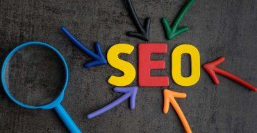 Imagem com letras formando a palavra SEO